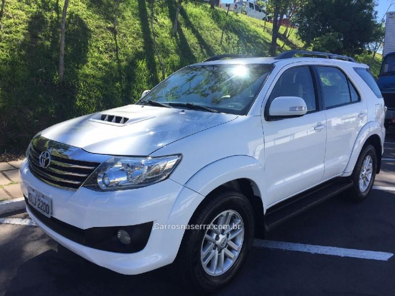 hilux sw4 3.0 srv 4x4 7 lugares 16v turbo intercooler diesel 4p automatico 2013 bento goncalves