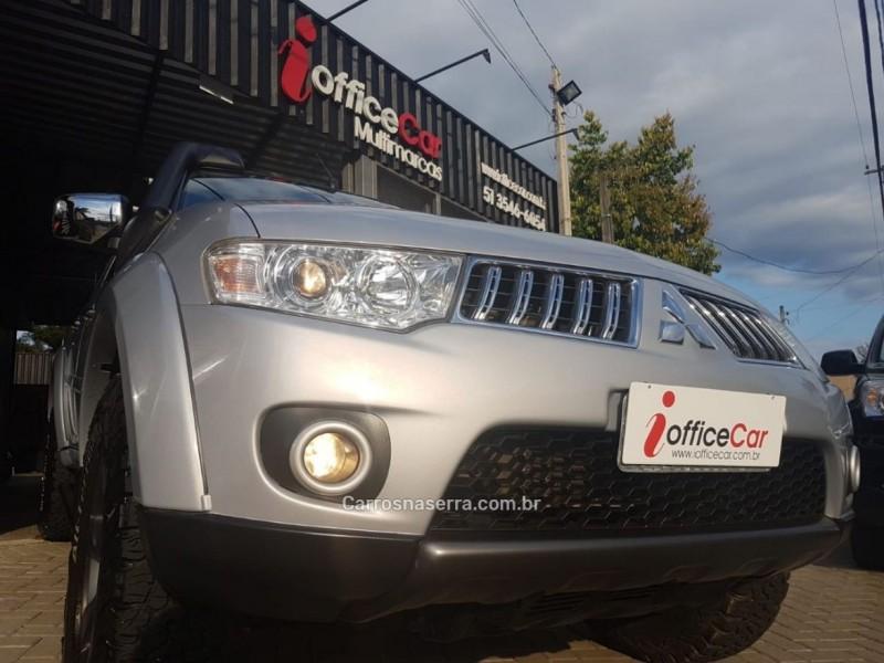 pajero dakar 3.2 hpe 4x4 7 lugares 16v turbo intercooler diesel 4p automatico 2012 tres coroas