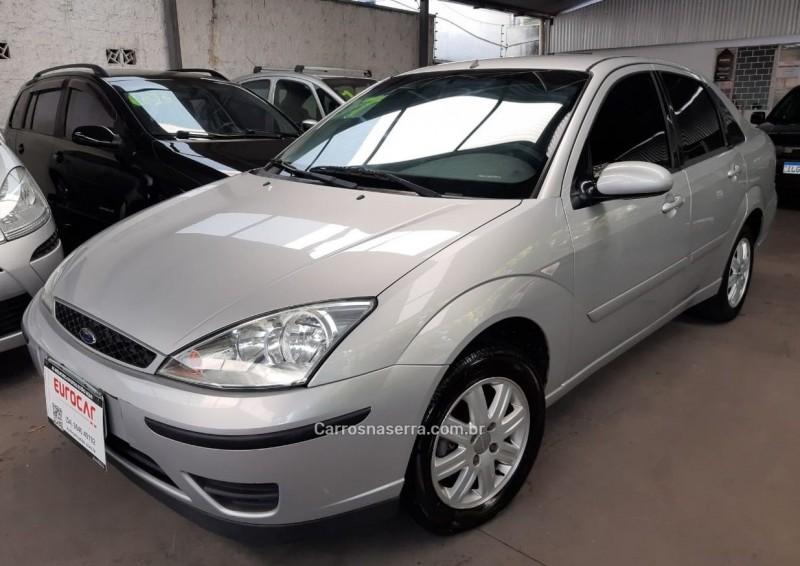 focus 1.6 glx sedan 8v flex 4p manual 2009 caxias do sul