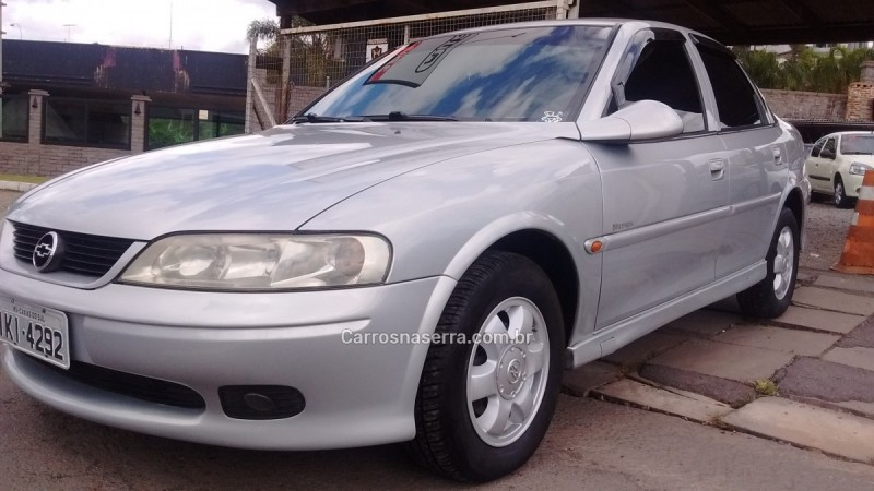 vectra 2.0 mpfi expression 8v gasolina 4p manual 2001 caxias do sul