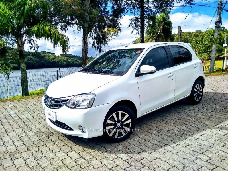 etios 1.5 platinum 16v flex 4p manual 2015 caxias do sul