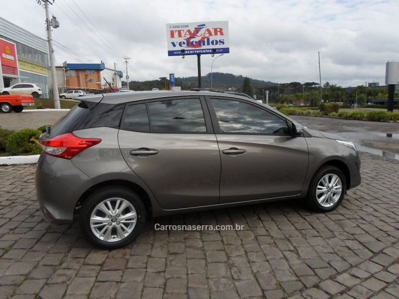 YARIS 1.3 16V FLEX XL PLUS TECH MULTIDRIVE17