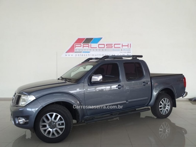 frontier 2.5 sl 4x4 cd turbo eletronic diesel 4p automatico 2014 vacaria