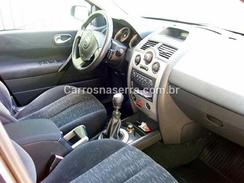 megane 2.0 dynamique sedan 16v gasolina 4p manual 2008 caxias do sul