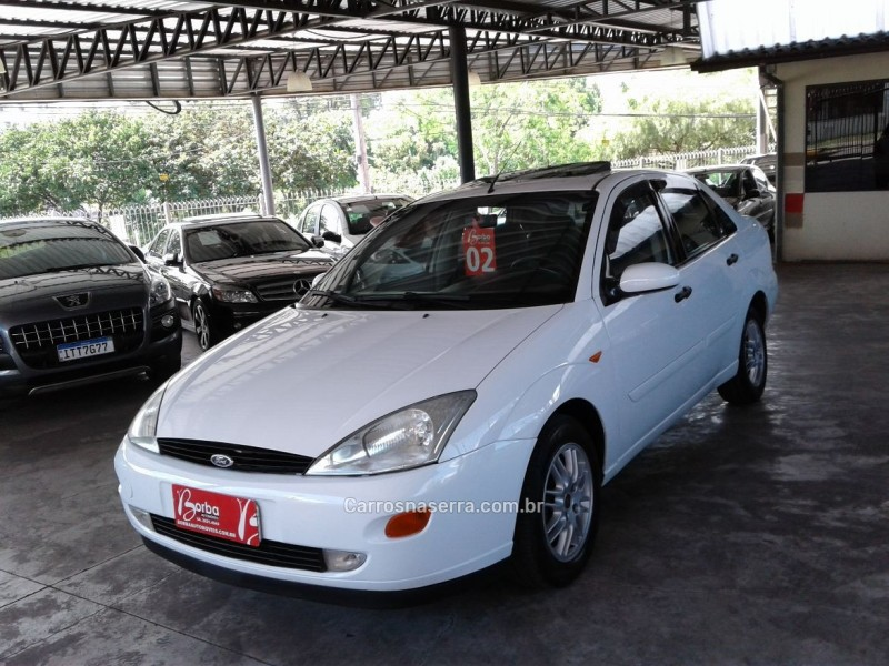 focus 2.0 ghia sedan 16v gasolina 4p manual 2002 caxias do sul