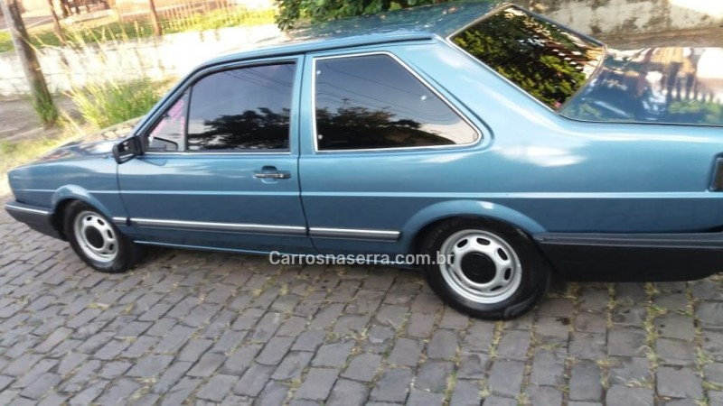 santana 1.8 cl 8v gasolina 2p manual 1989 caxias do sul