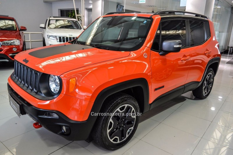 renegade 2.0 16v turbo diesel trailhawk 4p 4x4 automatico 2016 caxias do sul