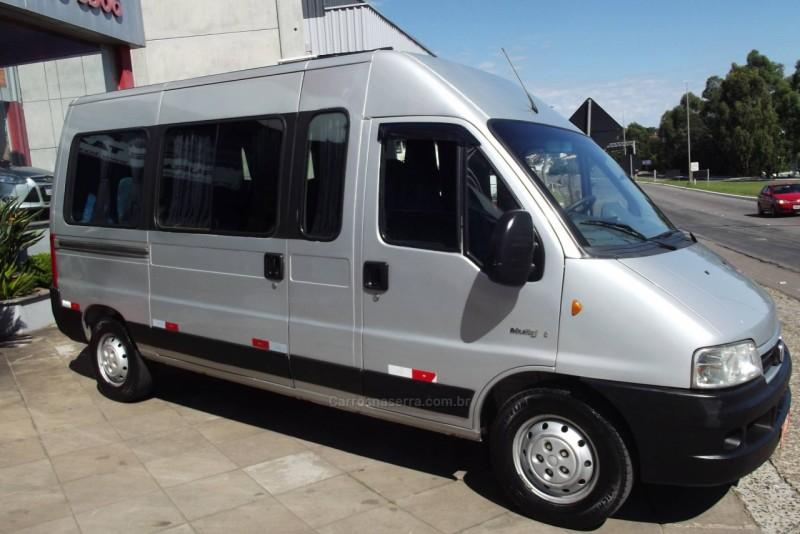 ducato 2.3 minibus 16 lugares 16v turbo intercooler diesel manual 2011 farroupilha