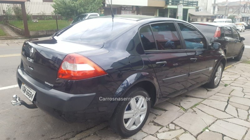 megane 2.0 expression sedan 16v gasolina 4p manual 2010 caxias do sul