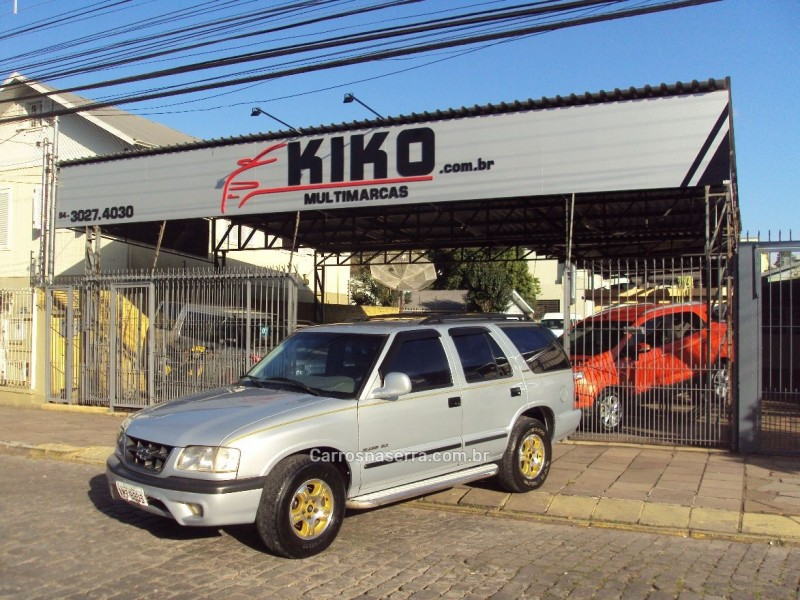 blazer 2.5 dlx 4x2 8v turbo diesel 4p manual 1999 caxias do sul