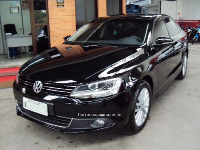 jetta 2.0 tsi highline 200cv gasolina 4p tiptronic 2011 caxias do sul