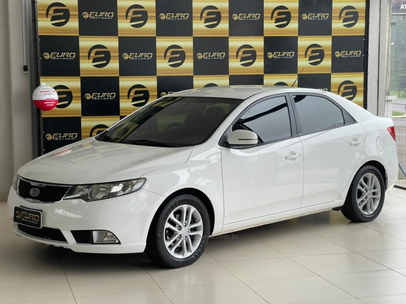 cerato 1.6 ex3 sedan 16v gasolina 4p automatico 2011 portao