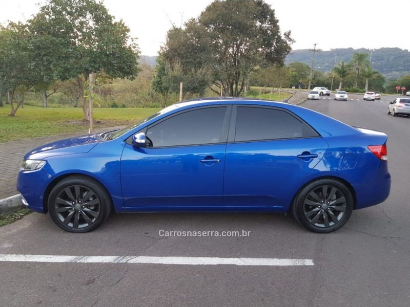 cerato 1.6 ex2 sedan 16v gasolina 4p automatico 2010 feliz