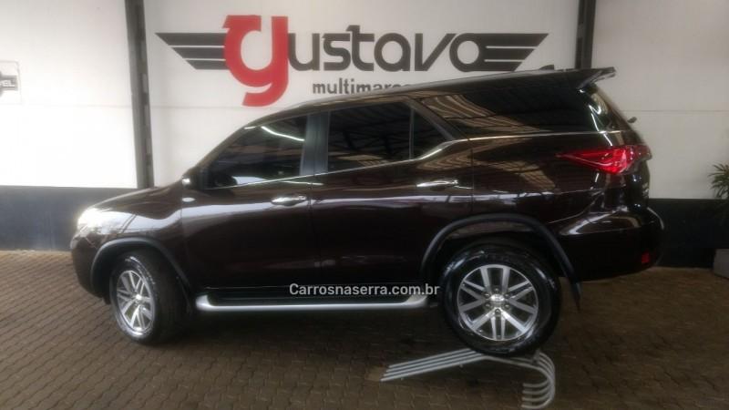 hilux sw4 2.8 srx 4x4 16v turbo intercooler diesel 4p automatico 2017 lagoa vermelha