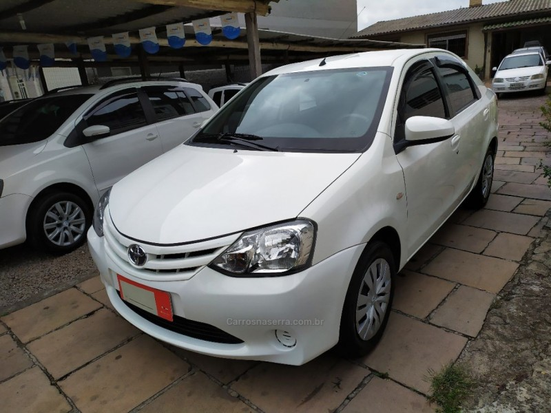 etios 1.5 xs sedan 16v flex 4p manual 2016 bento goncalves