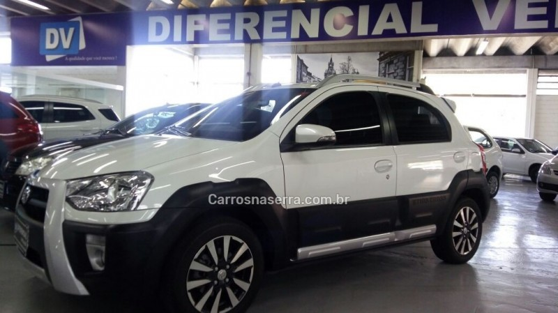 etios cross 1.5 16v flex 4p manual 2017 caxias do sul
