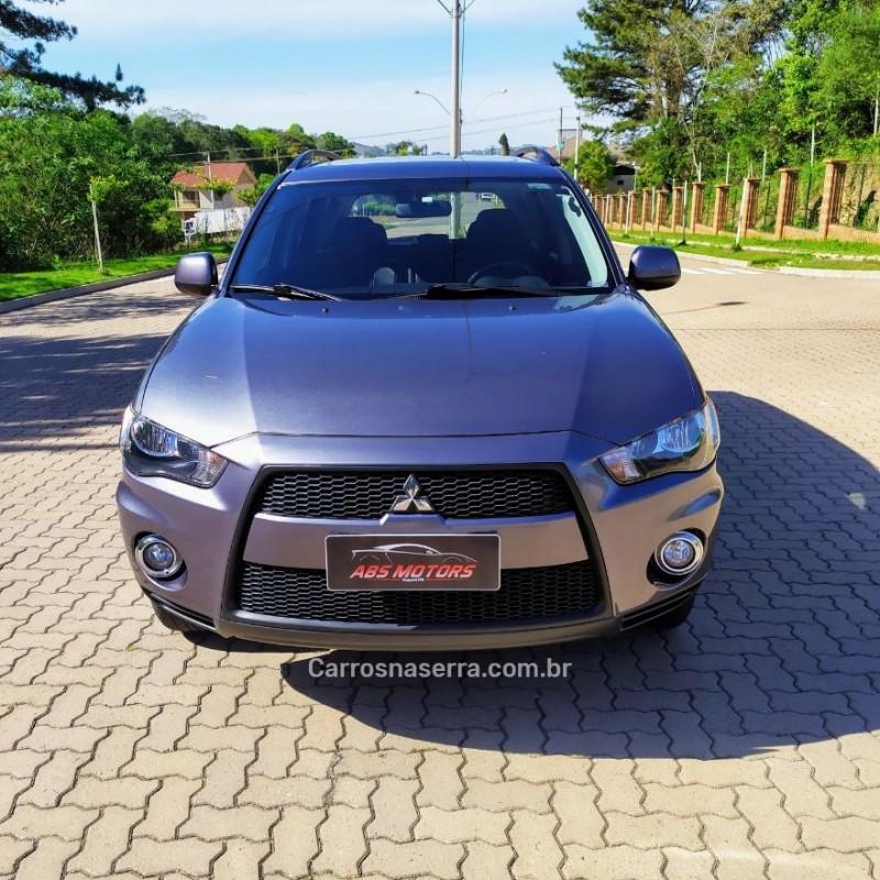 outlander 2.0 16v gasolina 4p automatico 2013 guapore