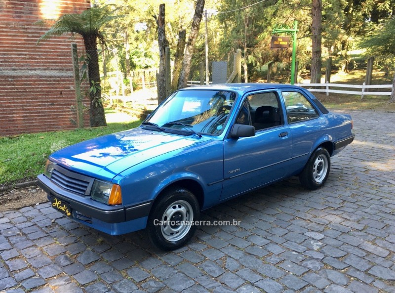 chevette 1.6 l 8v gasolina 2p manual 1993 canela
