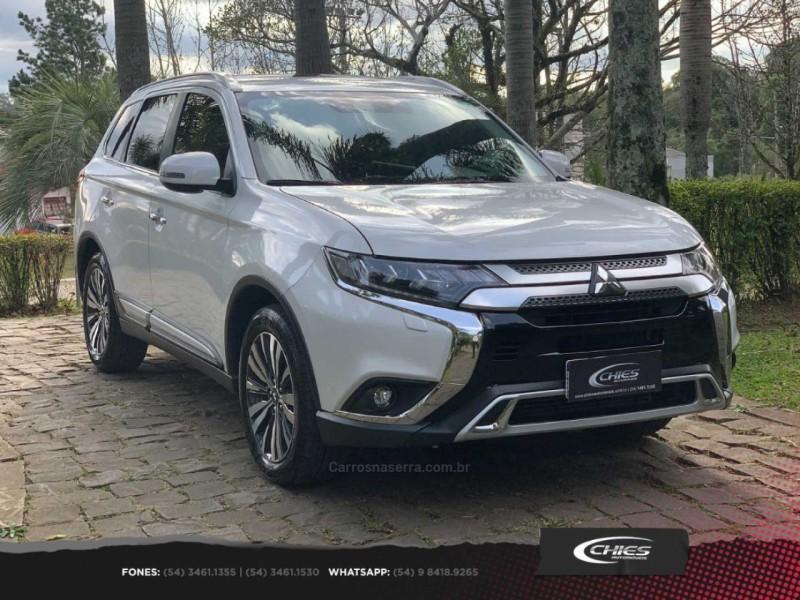 outlander 2.2 4x4 16v diesel 4p automatico 2019 carlos barbosa