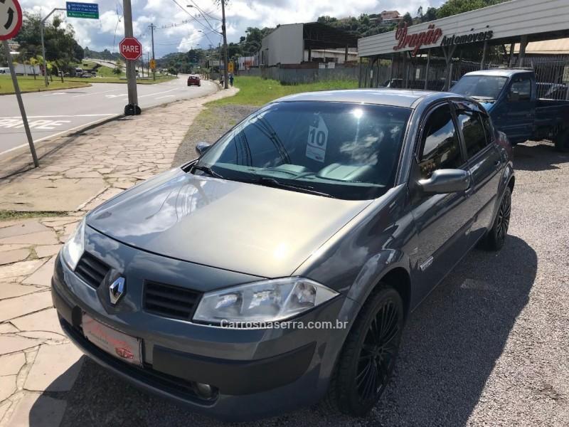 megane 2.0 expression sedan 16v gasolina 4p automatico 2010 caxias do sul