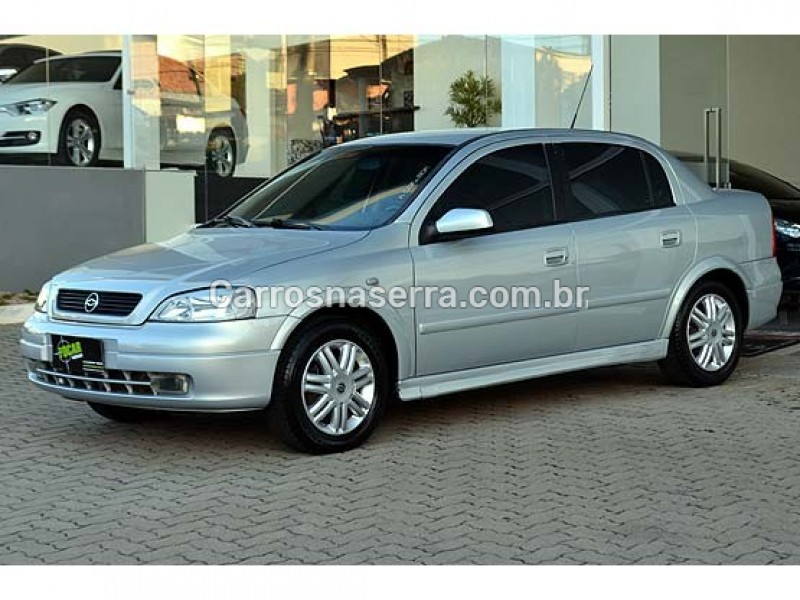 astra 2.0 mpfi cd sedan 8v gasolina 4p automatico 2002 caxias do sul