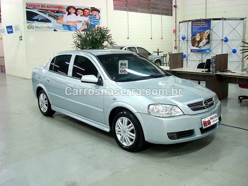 astra 2.0 mpfi elegance sedan 8v flex 4p manual 2006 caxias do sul