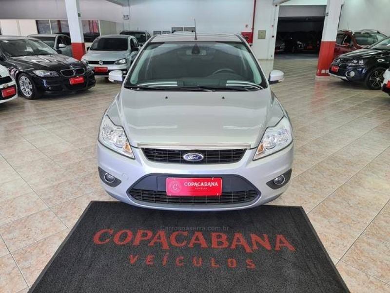 focus 2.0 glx sedan 16v flex 4p automatico 2012 caxias do sul