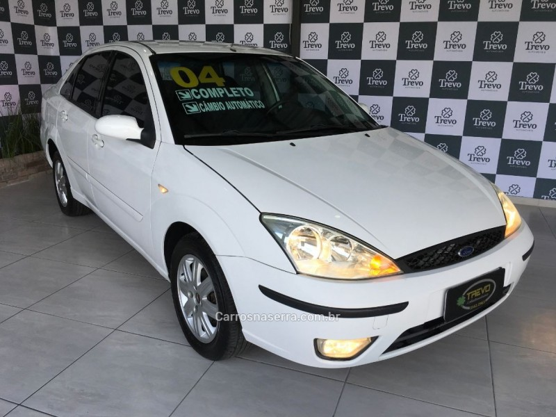 focus 2.0 ghia sedan 16v flex 4p manual 2004 taquara