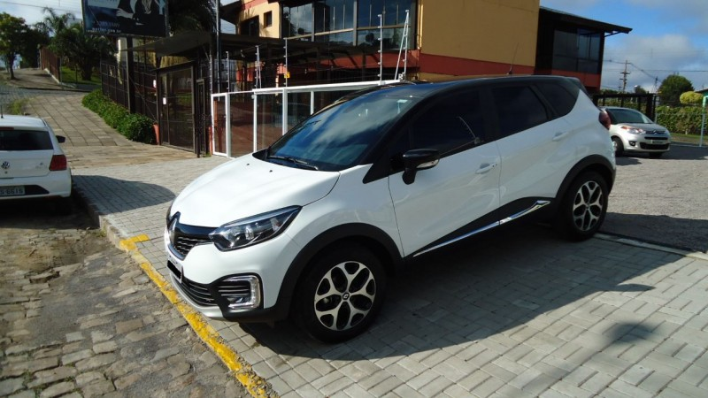 CAPTUR 1.6 16V FLEX INTENSE AUTOMÁTICO - 2018 - CAXIAS DO SUL