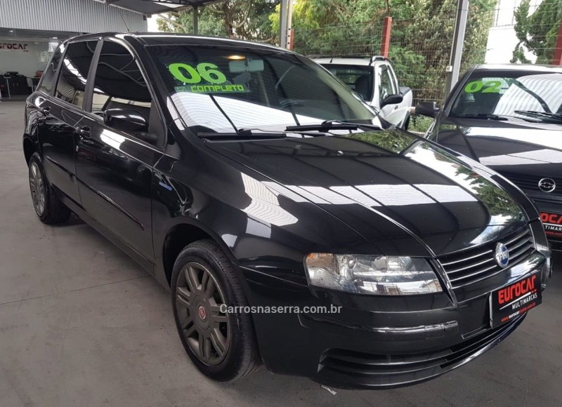 stilo 1.8 mpi connect 16v gasolina 4p manual 2006 caxias do sul