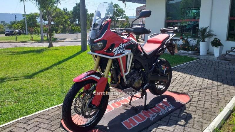 CRF 1000L  - 2017 - FELIZ