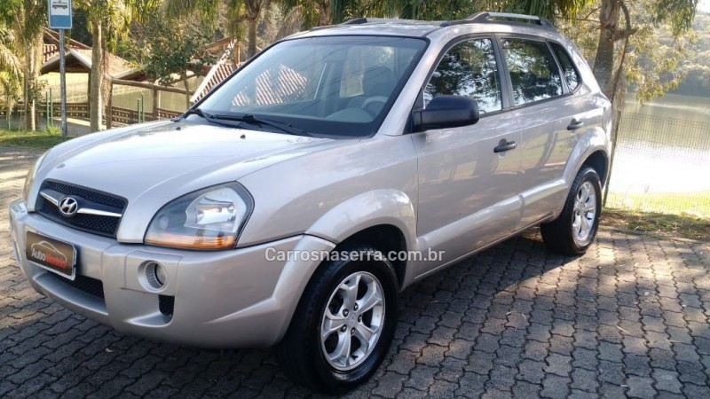 tucson 2.0 mpfi gl 16v 142cv 2wd gasolina 4p manual 2010 caxias do sul