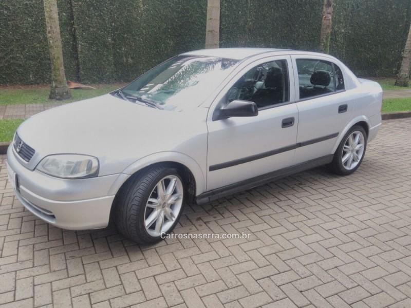 astra 1.8 mpfi gl sedan 8v gasolina 4p manual 1999 caxias do sul