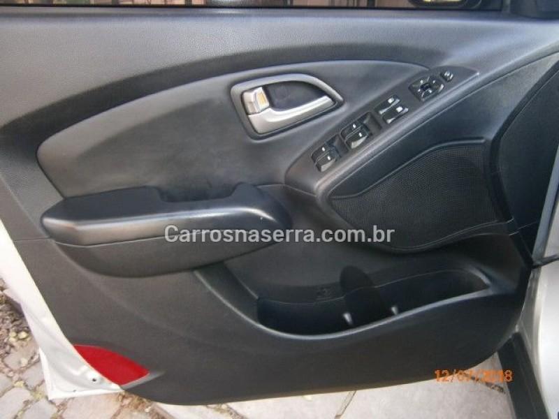 ix35 2.0 mpi 4x2 16v gasolina 4p automatico 2012 nova prata