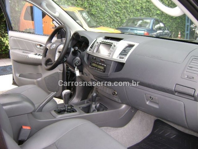 HILUX 3.0 SRV 4X4 CD 16V TURBO INTERCOOLER DIESEL 4P AUTOMÁTICO - 2013 - CAXIAS DO SUL