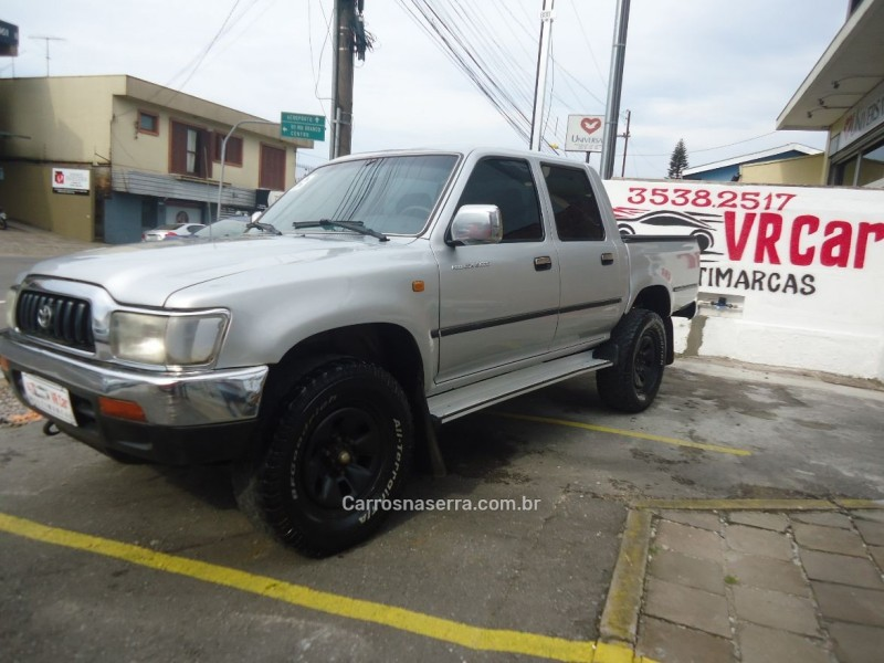 hilux 3.0 4x4 8v diesel 4p manual 2003 caxias do sul
