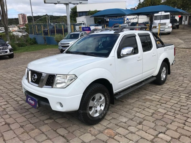 frontier 2.5 le 4x4 cd turbo eletronic diesel 4p manual 2010 farroupilha