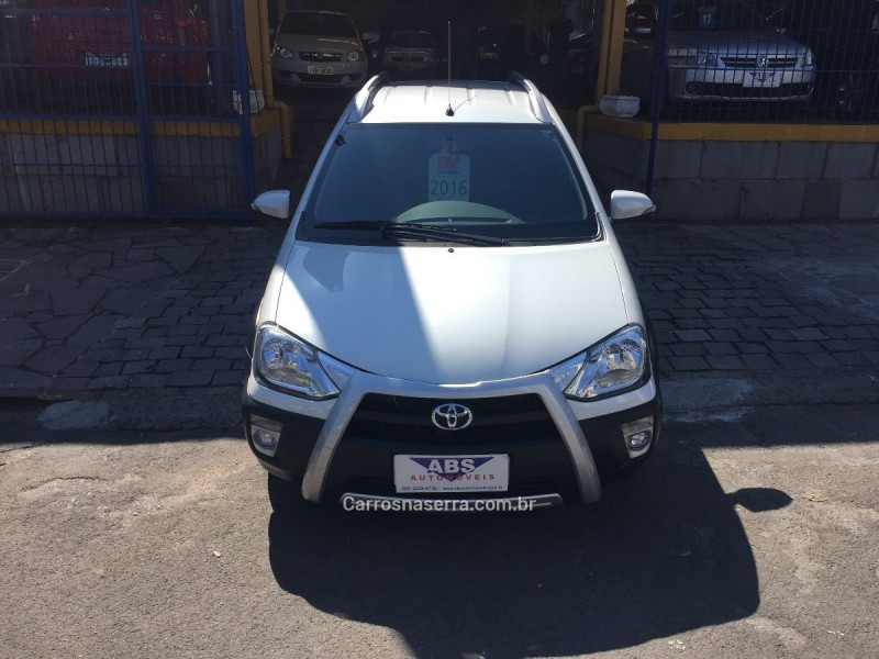 etios cross 1.5 16v flex 4p manual 2016 caxias do sul