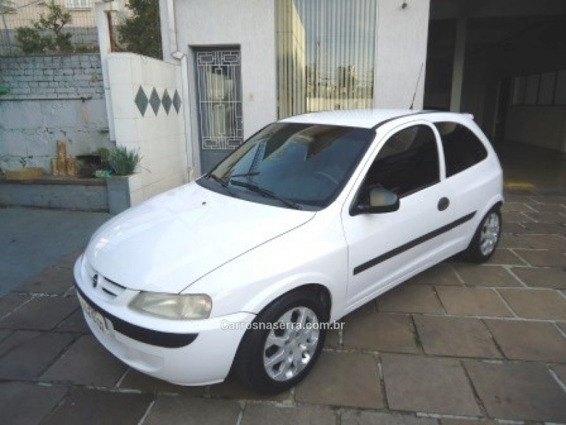 celta 1.0 mpfi super 8v flex 2p manual 2003 caxias do sul