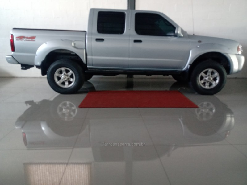 frontier 2.8 se strike 4x4 cd turbo eletronic diesel 4p manual 2005 caxias do sul