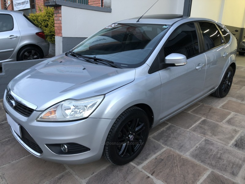 focus 2.0 ghia 16v flex 4p manual 2009 caxias do sul