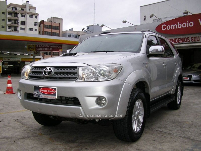 hilux sw4 3.0 srv 4x4 7 lugares 16v turbo intercooler diesel 4p automatico 2011 caxias do sul