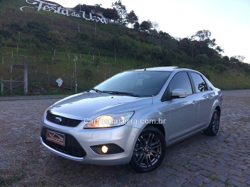 focus 2.0 ghia sedan 16v gasolina 4p automatico 2009 caxias do sul