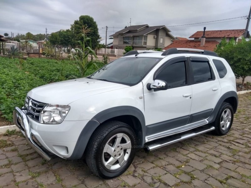 duster 1.6 dynamique 4x2 16v flex 4p manual 2015 farroupilha