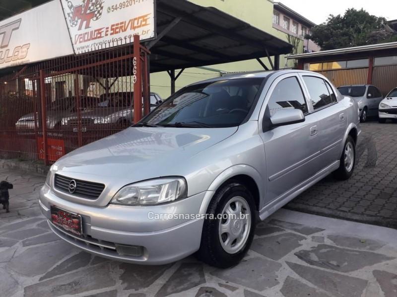 astra 1.8 mpfi millenium ii sedan 8v gasolina 4p manual 2000 caxias do sul
