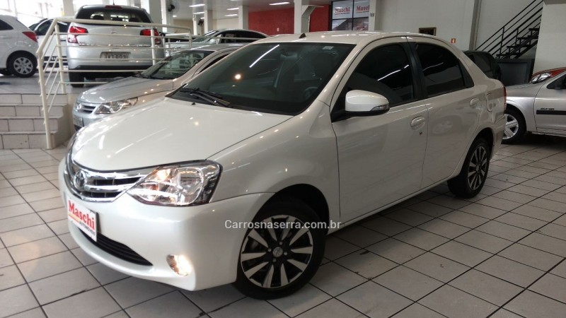 etios 1.5 platinum sedan 16v flex 4p manual 2015 caxias do sul
