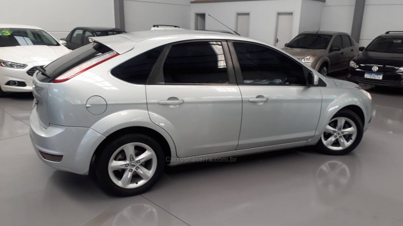focus 1.6 glx 8v gasolina 4p manual 2011 nova prata