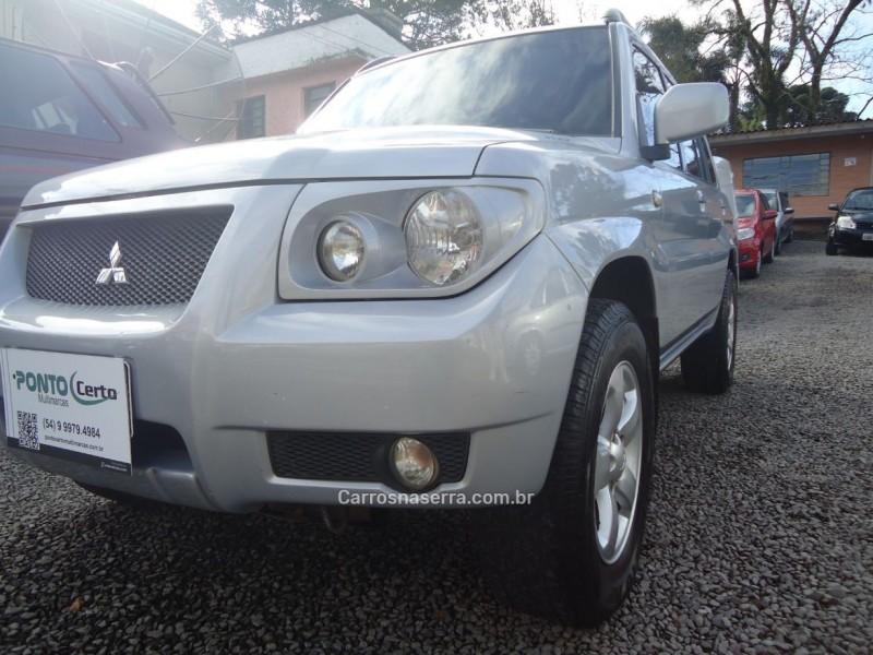 PAJERO TR4 2.0 4X4 16V 131CV GASOLINA 4P MANUAL - 2009 - CAXIAS DO SUL