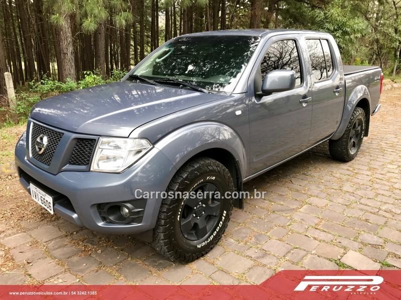 frontier 2.5 s 4x4 cd turbo eletronic diesel 4p manual 2014 nova prata