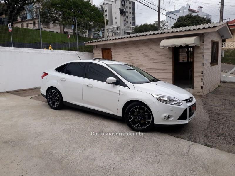 focus 2.0 titanium plus sedan 16v flex 4p powershift 2015 carlos barbosa